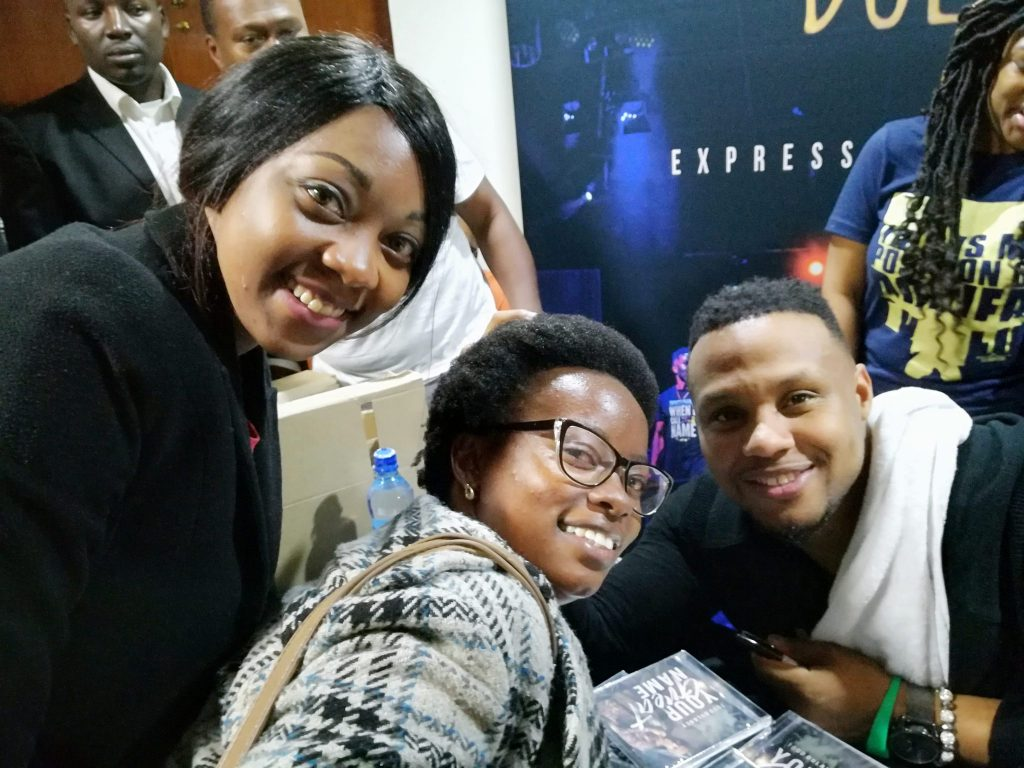 what-todd-dulaney-did-after-his-concert-in-nairobi-was-classic